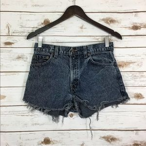 Levi's VTG Distressed Mom Jean Shorts